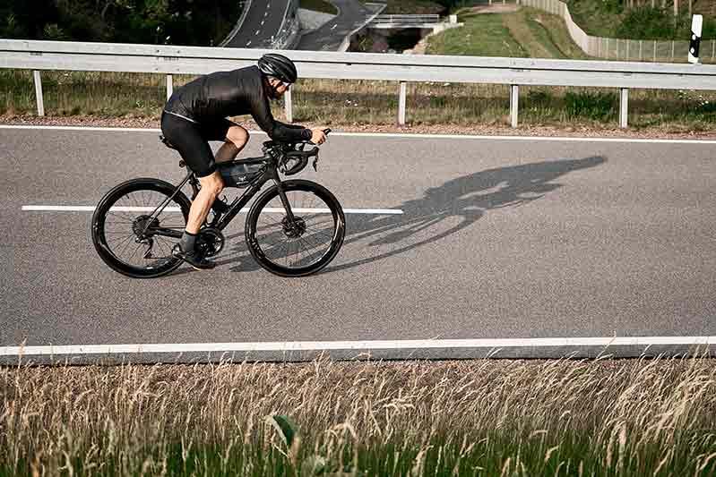 ejercicios-para-quemar-calorias-bicicleta