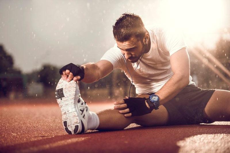 article-tres-estiramientos-para-calentar-tus-piernas-antes-de-correr-579a0b501b77b