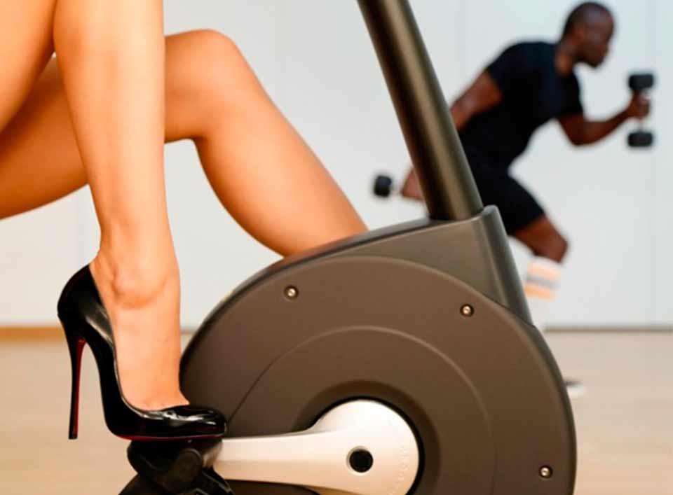 tacones-fitness-postureo-gimnasio