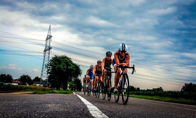 entrenamiento-triatlon-etapa-ciclismo