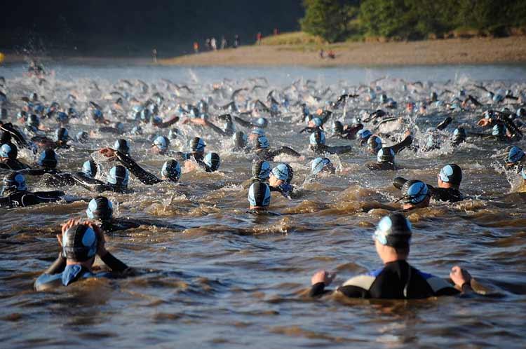 entrenamiento-triatlon-etapa-de-natacion-intensiva