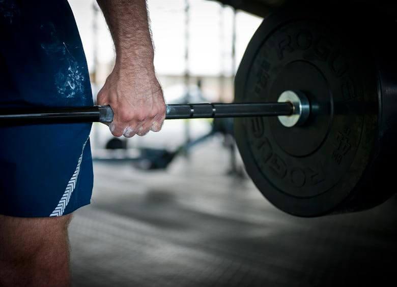 maniobra-de-valsalva-levantar-peso-evitando-lesiones