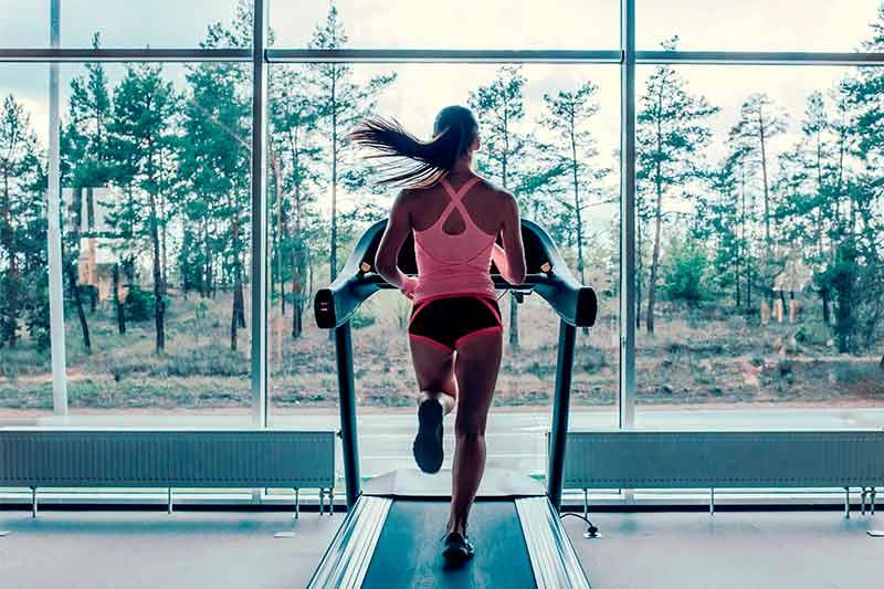 Correr en cinta para bajar de peso